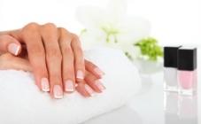 Schöne Hände nach einer Handmassage